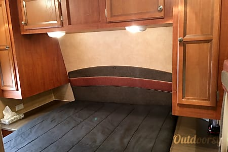 Jayco Jay Flight 32' Bunkhouse Double Slide with Outdoor Kitchen  Holland, MI