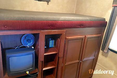 Jayco Jay Flight 32' Bunkhouse Double Slide with Outdoor Kitchen  Holland, MI