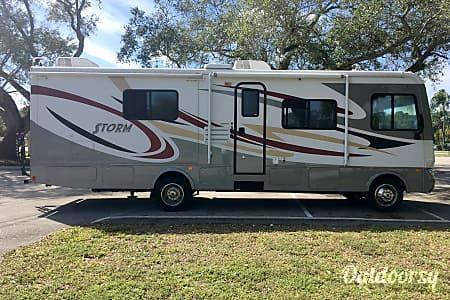 0B E S T Family RV!  Aventura, FL