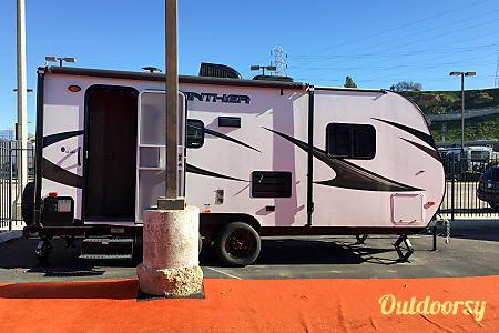 2017 Pacific Coachworks Panther Mini Lite 18rbs  Riverside, CA