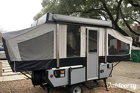 02006 Fleetwood Cobalt  Austin, TX