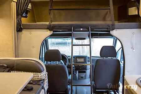2015 Mercedes-Benz prism  Wimberley, TX