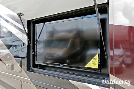 Thor Motor Coach Outlaw 37MD (Traveler)  Kennesaw, GA
