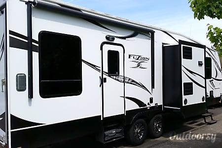 2013 Keystone Fuzion 301  Tacoma, WA
