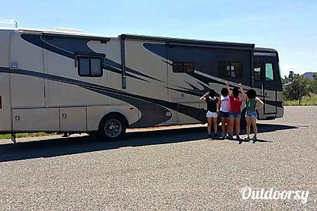 LUXURY MONACO KNIGHT DIESEL PUSHER 38' with 4 SLIDES  Glendale, AZ