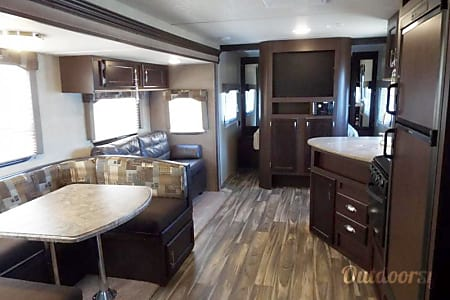 2017 Forest River Evo Travel Trailer (1)  Temecula, CA