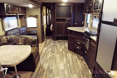 2017 Forest River Evo Travel Trailer (2)  Temecula, CA