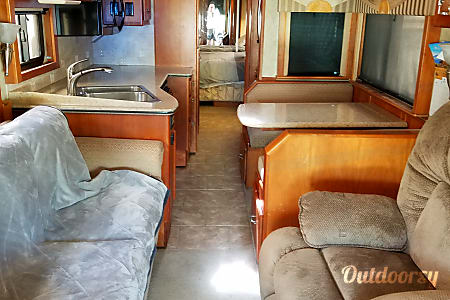 2006 Country Coach 470 Allure  Port Richey, FL