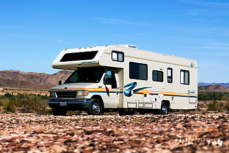 """Affordable RV - Jamboree Searcher 29' (Fully Self-Contained) """"Dixie, the Ultimate Beach Wagon""""  San Clemente, CA"""