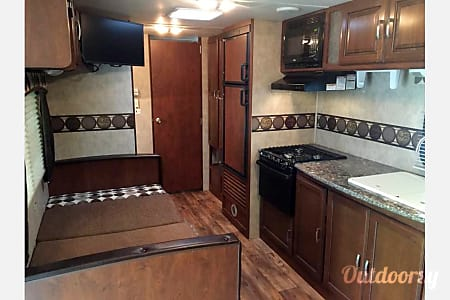 2015 Keystone Passport Ultralite Family Camper!  Chattanooga, TN