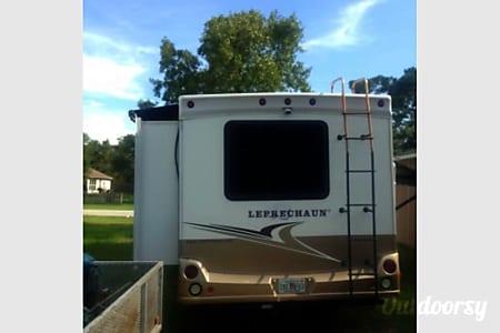 2009 Coachmen Leprechaun  Spring Hill, Florida