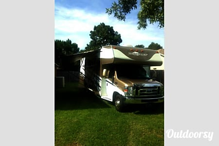 02009 Coachmen Leprechaun  Spring Hill, FL