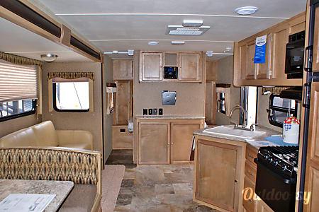 2015 Streamlite Ultra Lite 28CBS  Midland, MI