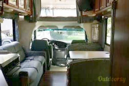 1999 Coachmen Pathfinder  Grand Rapids, MI