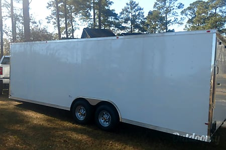02017 Cynergy 8.5 X 24 cargo / enclosed / car hauler trailer  Charleston, SC