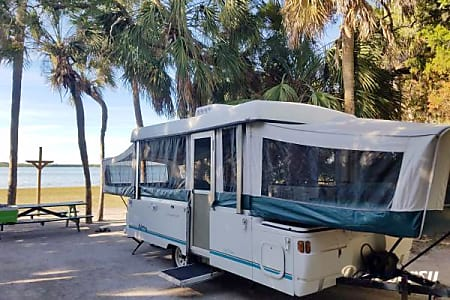 2009 Fun Seeker Coleman Santa Fe (Delivery, Set Up & Removal Available)  Saint Petersburg, FL