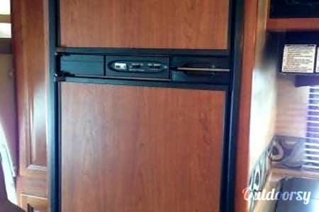 CG7058 2011 Holiday Rambler Aluma-Lite  Riverside, MO
