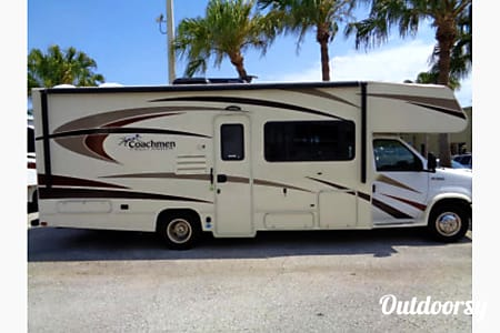 02017 Coachmen Freelander  Oakdale, CA