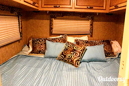 Where's Waldo!?  2015 Thor Motor Coach Vegas  Asheville, NC