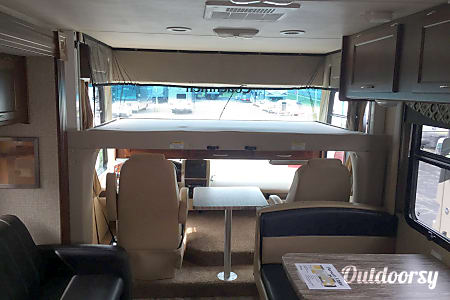 2015 Coachmen Pursuit  New Lenox, IL