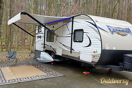02017 Family Fun Camper! 1/2 Ton Towable. Free Days*  Baton Rouge, LA