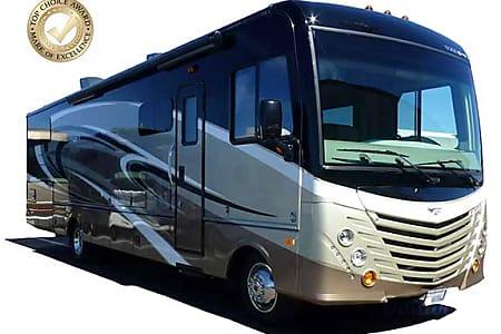 034' Fleetwood Storm w/Double Slides (54)  San Marcos, CA