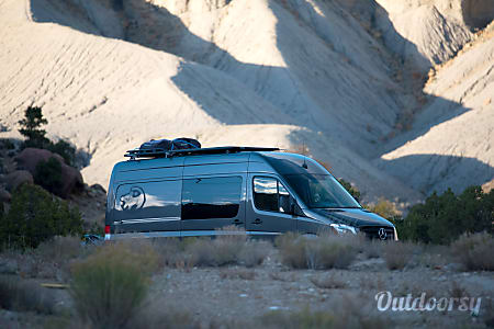 2016 4x4 Mercedes-Benz Sprinter RV  Portland, OR