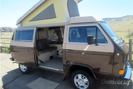0Wolfy - Volkswagen Vanagon Camper  Lakewood, CO