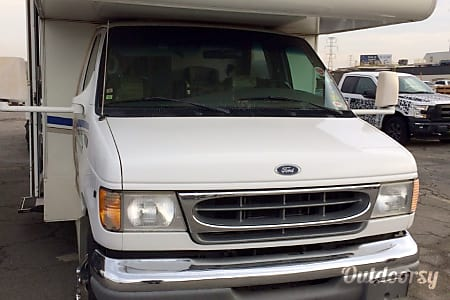 2002 Ford Fourwinds  Belleville, MI