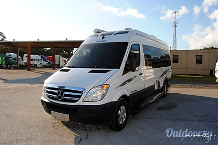02009 Roadtrek Mercedes Sprinter Adventurous Rs  Sunnyvale, CA
