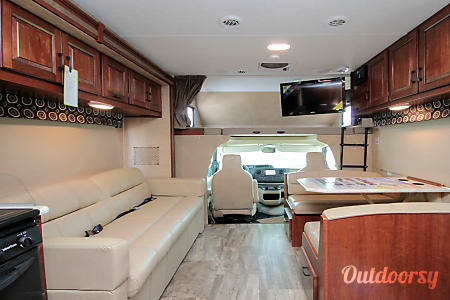 2017 Sunseeker - Bunk Beds!  2 Slide Outs  Harleysville, PA