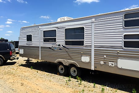 2006 Keystone Springdale RV Travel Trailer 4 bunk beds + 1 queen + 1 sofa sleeper  Huntersville, NC