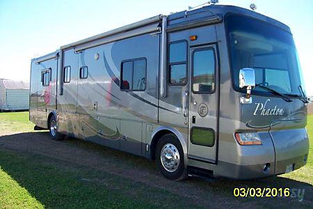 0Tiffin Motorhomes Phaeton - B  Sealy, TX