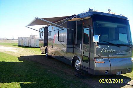 Tiffin Motorhomes Phaeton - B  Sealy, TX