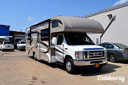 2015 Thor Motor Coach Chateau (29')  Houston, TX