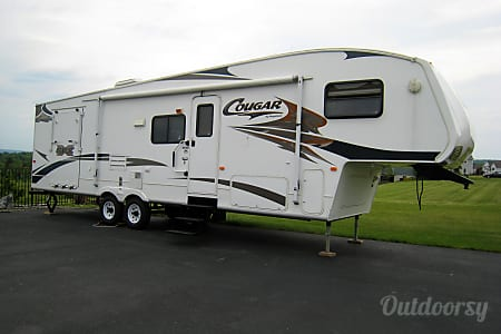 02008 Keystone Cougar 310SRX toy hauler  Ithaca, NY