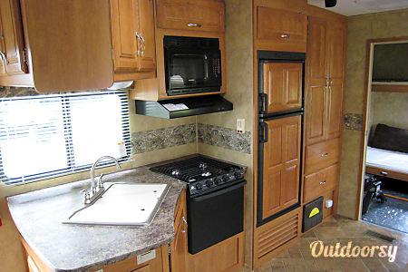 2008 Keystone Cougar 310SRX toy hauler  Ithaca, NY