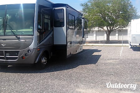2005 Fleetwood Southwind (Regular Fuel NOT Diesel)  Rockledge, FL