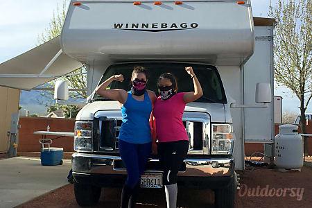 02015 Winnebago Minnie Winnie  Rancho Cucamonga, CA