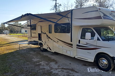 2015 Coachmen Freelander  Williston, FL