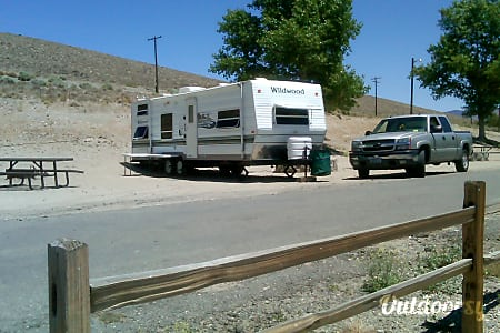 02004 Forest River Wildwood 27 ft trailer  Gardnerville, NV