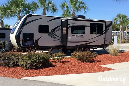 02016 Venture Rv Sporttrek  Webster, FL