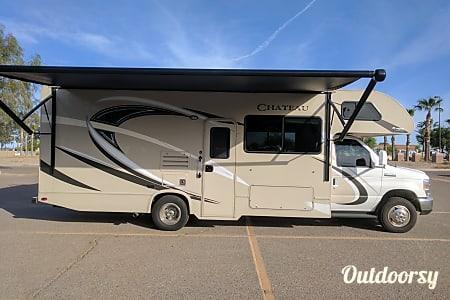 2017 Thor Motor Coach Chateau  Tucson, AZ