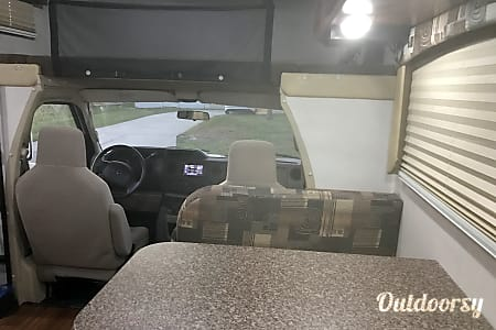 2013 Coachmen Freelander  North Fort Myers, FL