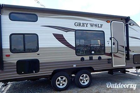 02015 23' Cherokee Grey Wolf  Acworth, GA