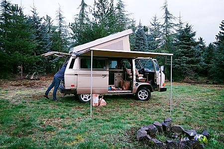 Peace Vans #2: Elwha - 1986 Volkswagen Vanagon Full Camper  Seattle, WA