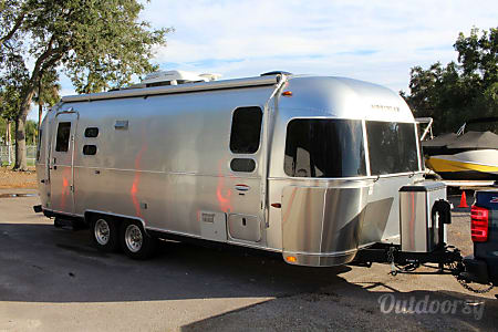 0The 2015 Airstream  Gibsonton, FL