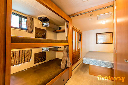 Sightseer BunkHouse  Clearwater, FL