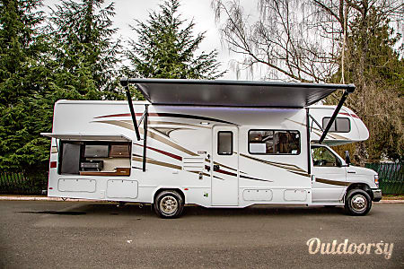 02018 Forest River Sunseeker 31'  Sandy, OR