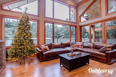 0Luxury Whistler Ski Chalet Home  Whistler Canada, WA